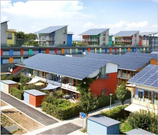 Alemania le dice adiós a nuclear y petróleo invirtiendo en solar, eólica y biomasa
